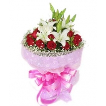 12 red roses with lilies bouquet